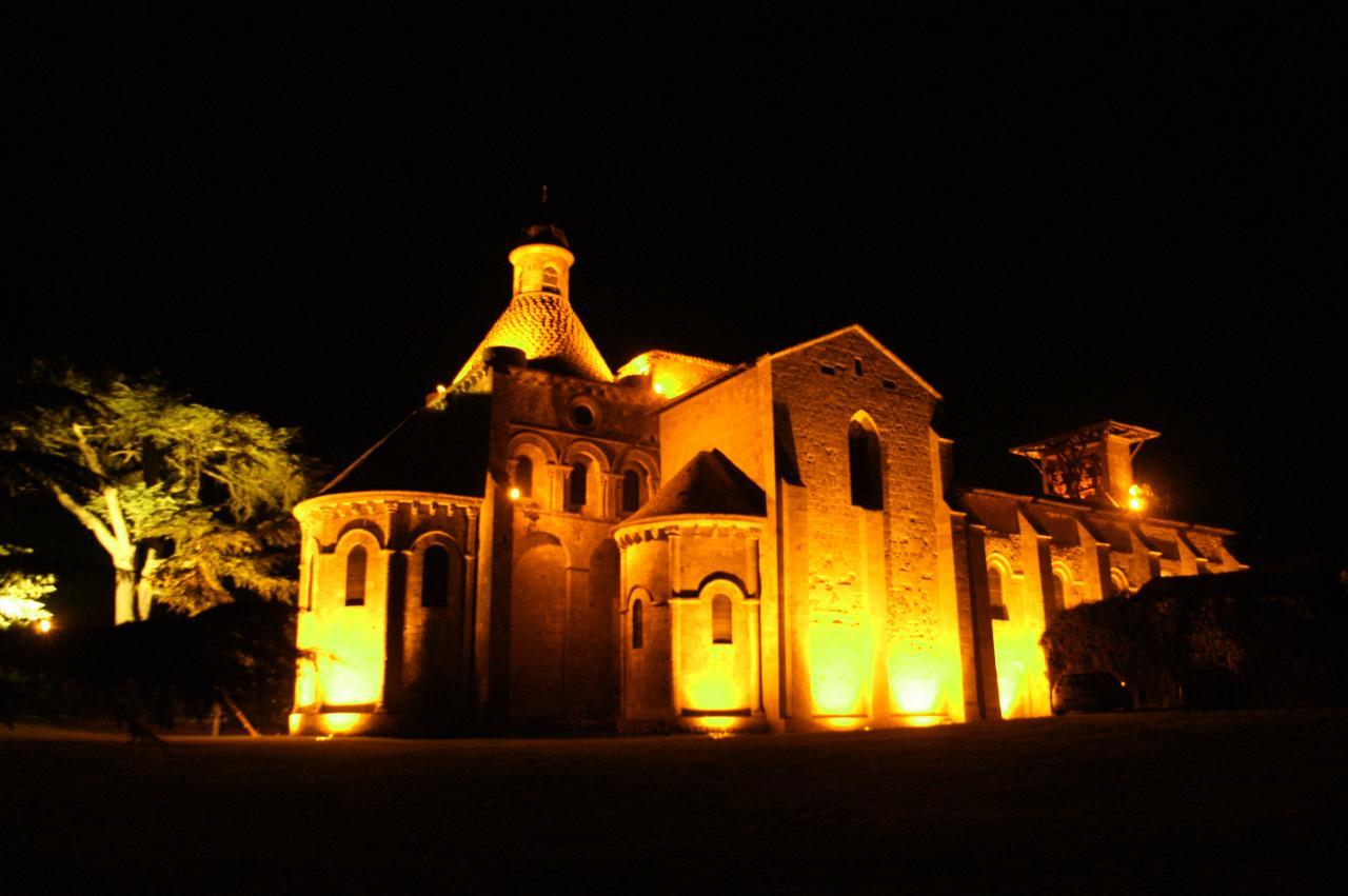 L'église Notre-Dame de nuit
